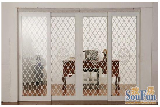 德立s85421二活移门的铝合金边框采用工业级铝材3mm 3mm夹胶玻璃,安全